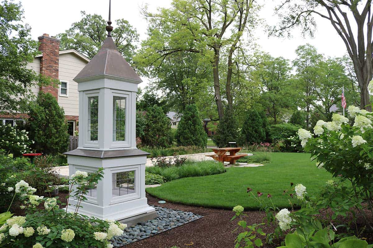 cupola-garden-art-mixed-border-park-ridge-il